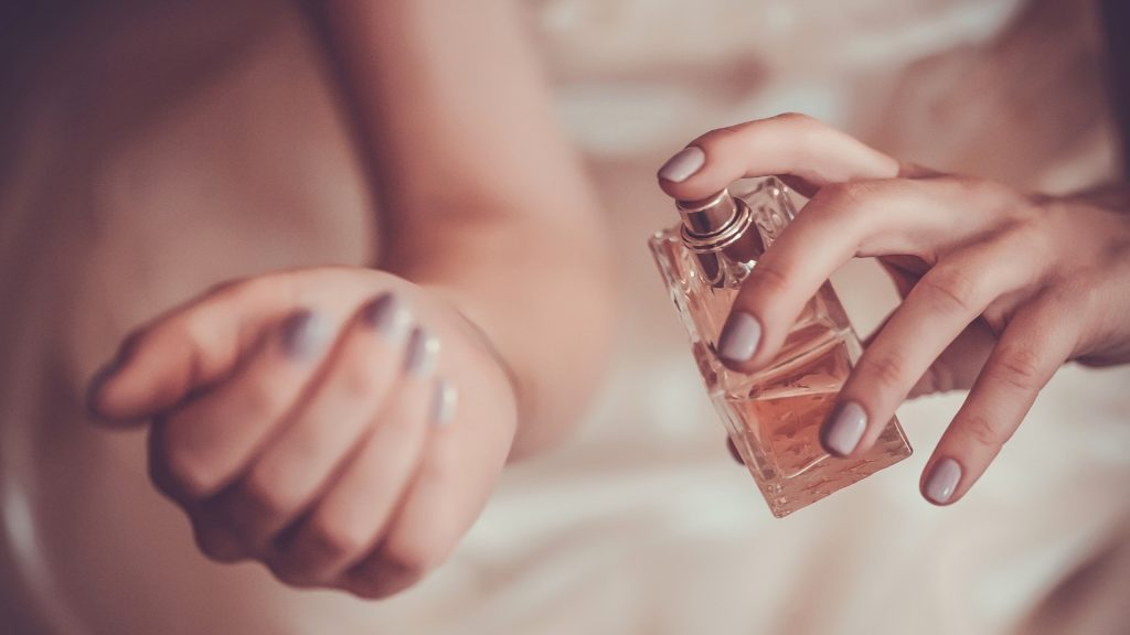 Does Perfume Attract Cockroaches